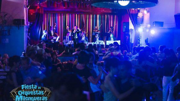Viernes 25 de mayo show de La Villa Crespo