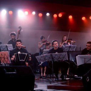 Domingos de Febrero: show de Los Herederos del Compás